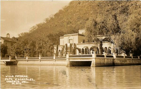 Villa Ferrara, Chapala. ca 1950. Architect: Pedro Castellanos Lambley. Postcard: González.