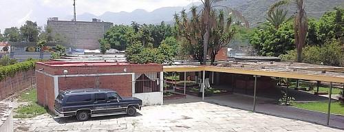 Ajijic's Escuela Regional de Artesanías building