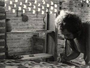 Toni Beatty. 1976. Adolfo Riestra in his studio. Reproduced by kind permission of the photographer.