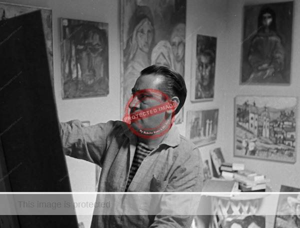 Carlos Lopez-Ruiz in his Ajijic studio, ca 1962