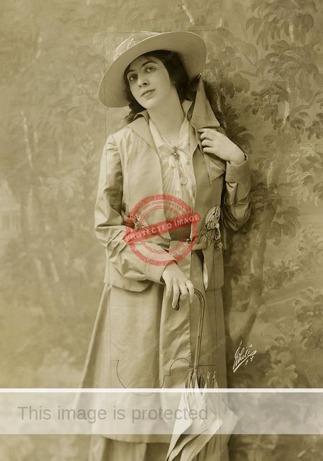 """""""Khyva St. Albans"""". White Studios. 1915."""