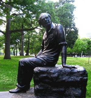 Statue of Purdy in Queen's Park, Toronto. Photo: Marisa Burton.