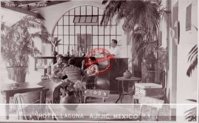 Jacques Van Belle. ca. 1960. Hotel Laguna, Ajijic.