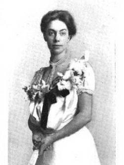 Gwendolen Overton, c 1903 [Ancestry]